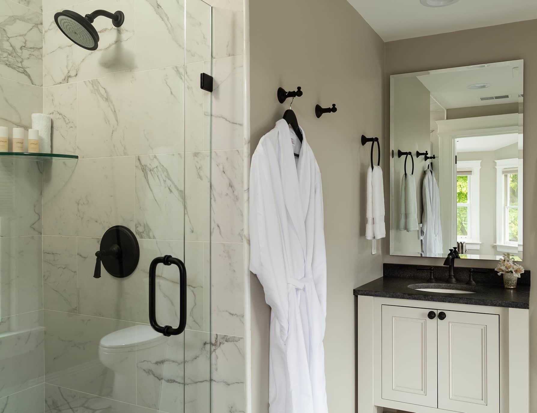 Starling Room Bathroom
